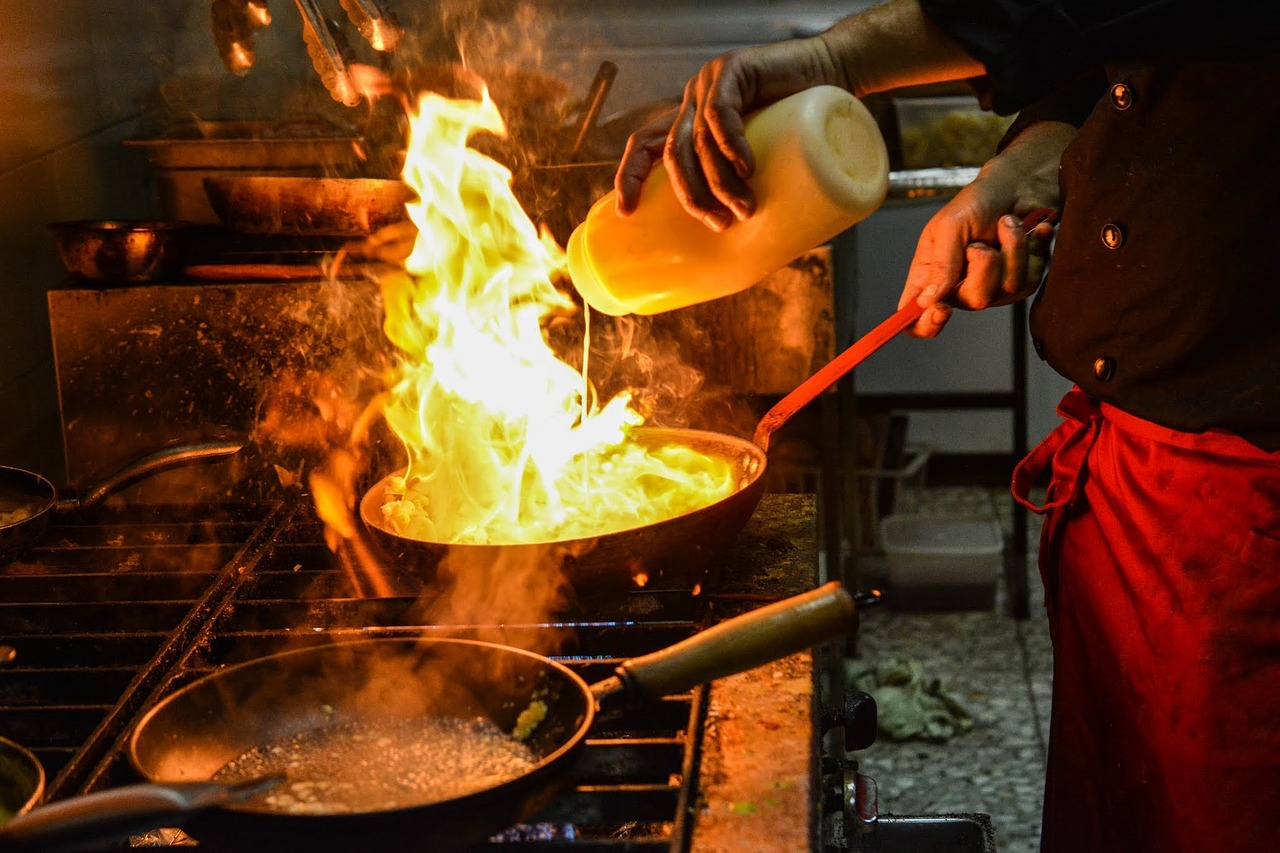 Why Restaurants Need Class K Fire Extinguishers