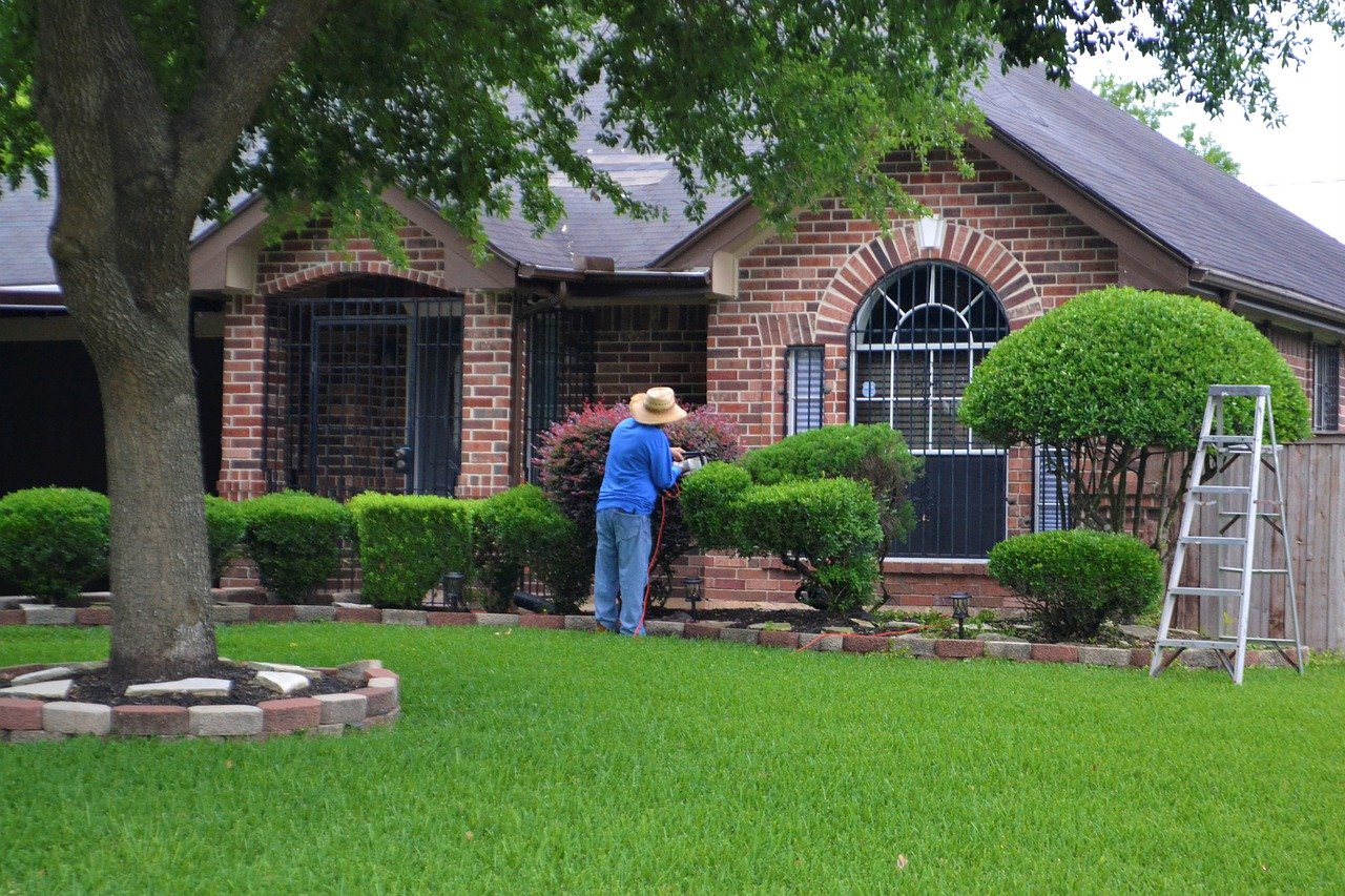 Common Exposures For A Landscaping Contractor Gdi Insurance Agency Inc